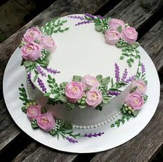 Birthday Cake Pictures – Very Good Abi – pastalar – … - Cake Decorating Square Ideen Pretty Cakes, Cute Cakes, Beautiful Cakes, Amazing Cakes, Cake Icing, Buttercream Cake, Eat Cake, Cupcake Cakes, Buttercream Flowers