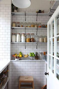 Halcyon Style: Store Worthy Storage