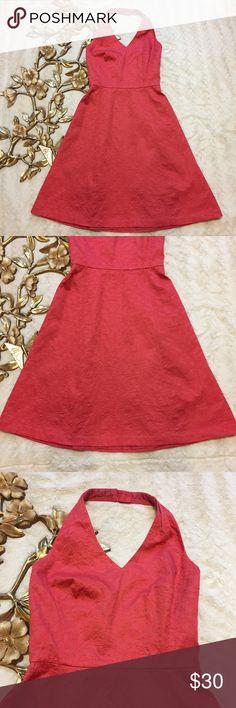 "Ann Taylor 100% Cotton Halter Dress Size 0 Ann Taylor 100% Cotton Halter Dress Size 0 measurements taken laying flat: 12-1/2"" waist 32"" length from bust 15"" armpit to armpit Ann Taylor Dresses Midi"