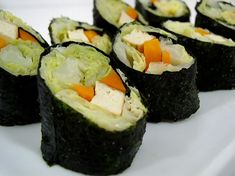 Vegetarian nori rolls. I vary the ingredients here a bit. The cabbage as a filler instead of rice works well. #vegan