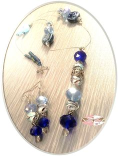 Handmade jewelry set made in the USA....one bead at a time!!