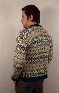 Fair Isle Knitting Patterns, Knitting Machine Patterns, Norwegian Knitting, Men's Knitwear, Men's Sweaters, Colour Combinations, Nordic Style, Color Patterns, Vests