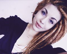 double-ended dread extensions.