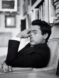 robert downey jr. - Click image to find more Celebrities Pinterest pins