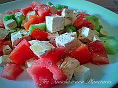 Insalata tricolore di tofu Caprese Salad, Tofu, Feta, Cheese, Insalata Caprese