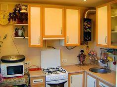 идеи для маленькой кухни фото в хрущевке с колонкой: 9 тыс изображений найдено в Яндекс.Картинках
