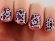Check out more Nail Arts at www.nails4viet.com