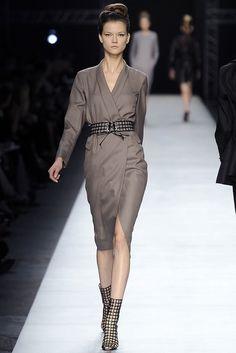 Saint Laurent Spring 2009 Ready-to-Wear Fashion Show - Kasia Struss (Women)