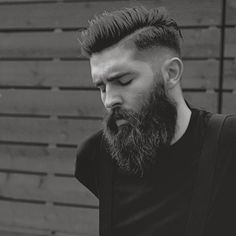Another rough looking fade that doesn't adhere to the clean barbering style fades, another awesome modern look.