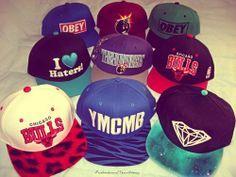 i like the chicago bulls snapback Snapback And Tattoos, Snapback Caps, Dope Hats, Flat Bill Hats, Girl Swag, Snap Backs, Chicago Bulls, Headgear, Swagg