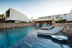 Modern beachfront resort in Thailand: Casa de La Flora