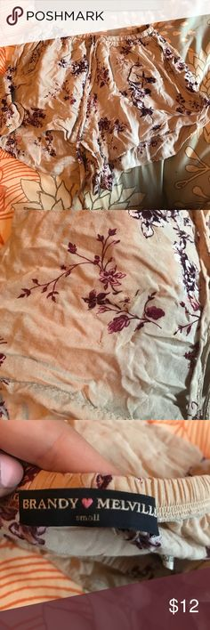 Brandy Melville flowy shorts size small gently worn patterned shorts Brandy Melville Shorts