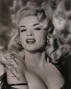 Jayne Mansfield, born Vera Jayne Palmer was an American actress in film… Old Hollywood Glamour, Vintage Hollywood, Hollywood Stars, Classic Hollywood, Jayne Mansfield, Diana Dors, Divas, Cinema Tv, Old Movie Stars