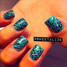 Blue Nails With Cheetah Print Fancy Nails, Gold Nails, Blue Nails, Pretty Nails, My Nails, Colorful Nail Designs, Simple Nail Designs, Nail Shop, Perfect Nails