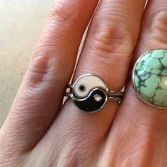 Yin Yang best friends ring set Worn once - set of yin yang rings, cute for hippie friends and for feeling the good vibes! Jewelry Rings