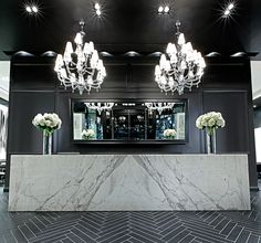 Mirror. Donato Salon + Spa Shops at Don Mills, Toronto (A.R.E Awards) store design