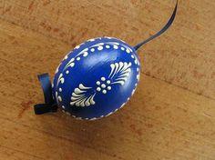 Chet Pourciau Design: Decorating Easter Egg