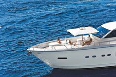 Ferretti Altura 840 | To view the latest Ferretti Yachts visit our website