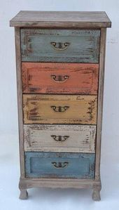 Chest of drawers - Diy Vintage Möbel Funky Painted Furniture, Decoupage Furniture, Distressed Furniture, Refurbished Furniture, Paint Furniture, Repurposed Furniture, Furniture Projects, Rustic Furniture, Furniture Makeover