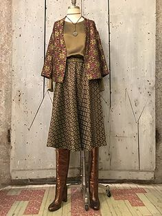 Wait and See presents NIU kimono jacket and skirt ATTIC and BARN top CHEHOMA necklace BESPOKE PARIS TEXAS boots