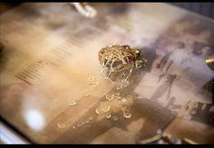 Jewelery, Diamond Earrings, Contemporary, Jewlery, Jewels, Jewerly, Schmuck, Jewelry, Jewelry Shop