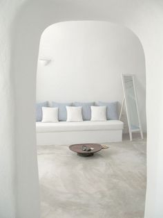 Decorating Greek Style - The Home Journal