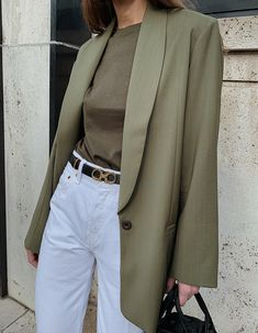 The Green Blazer Blazer Outfits Casual, Blazer Outfits For Women, Blazer Fashion, Cute Casual Outfits, Fashion Outfits, Dress Outfits, Fashion Trends, Look Fashion, Winter Fashion
