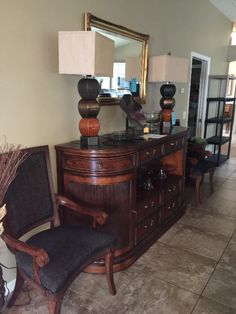 Found on EstateSales.NET: Pennsylvania House Buffet and Dining room Table, 6…