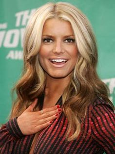 Happy Jessica Simpson Jessica Simpson's hair in Dukes of Hazzard. Happy Jessica Simpson Jessica Simpson's hair in Dukes of Hazzard. Hair A, Her Hair, Blonde Hair, Brown Blonde, Blonde Ombre, Jessica Simpsons, Jessica Simpson Hair Extensions, Hair Color Pictures, Jessica Simpson Style