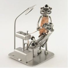 Dentist metal sculpture