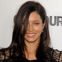 Link Me: Jessica Biel's New Hair Color, Madonna Opens a Gym, and More