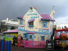 The Crooked House | Flickr - Photo Sharing!