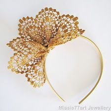 Gold Fascinator Neisha Lace Flower Crown Races Headpiece Racing Headband in Clothing, Shoes, Accessories, Women's Accessories, Fascinators Fascinator Wedding, Fascinator Headband, Wedding Hats, Diy Headband, Halo Headband, Head Wrap Headband, Turbans, Headbands For Women, Alice Band
