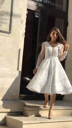Wedding Dress Bustle, Classy Wedding Dress, Civil Wedding Dresses, V Neck Wedding Dress, Evening Dresses For Weddings, Classy Dress, Elegant White Dress, Elegant Dresses, Dress Wedding