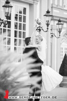Foto- und Videoaufnahmen für eure Hochzeit! Weitere Beispiele, freie Termine und Preise findet ihr hier: www.sergejmetzger.de Bei Fragen einfach melden ;-) 417
