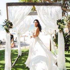 Noosa Beach Wedding ceremony inspo! Got Married, Getting Married, Lakeside Garden, My Dream, Wedding Ceremony, Most Beautiful, Scenery, Wedding Dresses, Beach