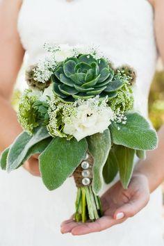 rustic succulent wedding | Carmen Salazar Photography-03