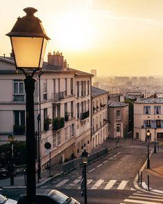 Morning light in Montmartre
