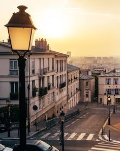 Morning light in Montmartre, Paris