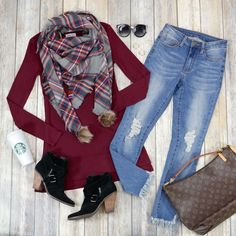 Fall Winter Outfits, Winter Style, Autumn Winter Fashion, Simple Outfits, Casual Outfits, Grace And Lace, Lace Flats, Triangle Scarf, Cold Weather Fashion