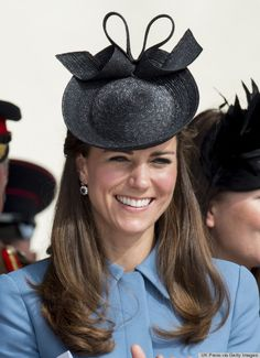 kate middleton fascinators | Kate Middleton Is Still Trying To Make Fascinators Happen