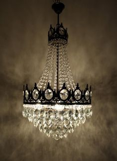 - Chandelier Designs - Antique / Vintage French Empire Brass & Crystals LARGE Chandelier Ceiling Light Pendant Lighting Glass Lamp from This is an Antique / Vintage French Empire style brass & crystals large size beautiful chandelier. Large Lamps, Large Chandeliers, Antique Chandelier, Chandelier Ceiling Lights, Mini Chandelier, Hanging Lights, Chandelier Crystals, Glass Pendant Light, Pendant Lighting