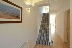 Carpet Runners For Stairs Lowes Grey Stair Carpet, Grey Carpet Bedroom, Beige Carpet, Wall Carpet, Carpet Stairs, Modern Carpet, Stairs In Kitchen, Grey Hallway, Striped Carpets