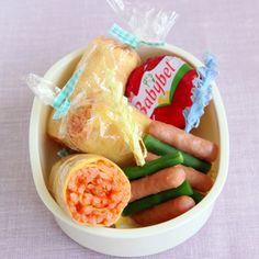 nice idea Japanese Food Art, Japanese Lunch Box, Fresh Rolls, Dishes, Nice, Ethnic Recipes, Gourmet, Plate, Tableware