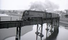 The Taw bridge Barnstaple, this time with a close up of a West Country class heading for Barnstaple Junction. Possibly a London train. Devon Uk, Devon England, North Devon, Southern Trains, Diesel, Disused Stations, Southern Railways, Steam Railway, British Rail