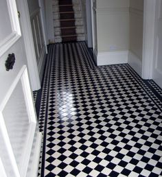 hallway victorian tile (brightsidetiling)