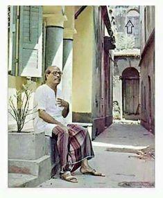 Kishore Kumar, Vintage Bollywood, Singers, Past, Legends, Cinema, Actors, Retro, Live