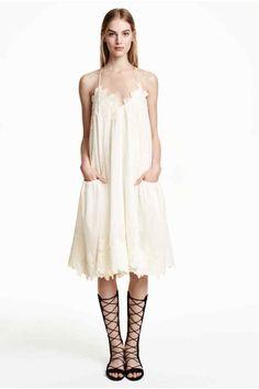Vestido ancho de algodón | H&M                                                                                                                                                                                 Más