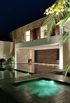 SF House, designed by Guilherme Torres, Londrina/Brazil