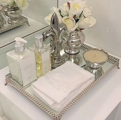 Ideas for bath tray decor vignettes - Home Accessories Decor Bathroom Counter Decor, Bathroom Countertops, Bathroom Spa, Bathroom Interior, Small Bathroom, Bathroom Ideas, Neutral Bathroom, Bath Ideas, Bathroom Trays